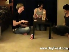Gay XXX This is a lengthy movie scene for u voyeur types who like the