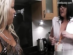 Bigass housewife oral